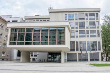Slika zgradbe IZUM Maribor