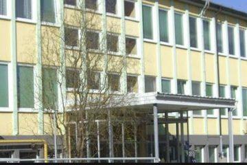 Slika stavbe Zdravstvenega Doma Domžale